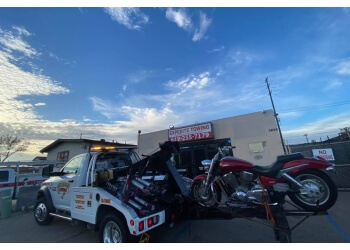 Escondido towing company EXPEDITE TOWING