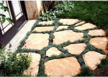 Riverside landscaping company Earth-Tones Landscaping