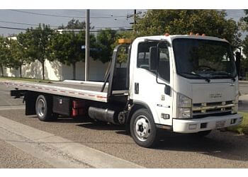 Huntington Beach towing company Econo Towing