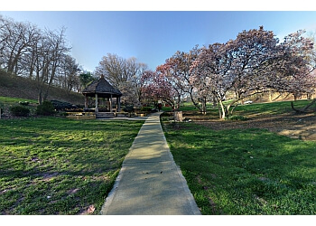 Cincinnati public park Eden Park