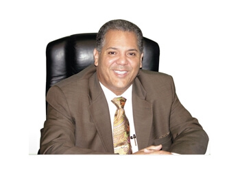 Laredo plastic surgeon Efren A. Moreno, MD - PLASTIC & COSMETIC SPECIALIST OF LAREDO
