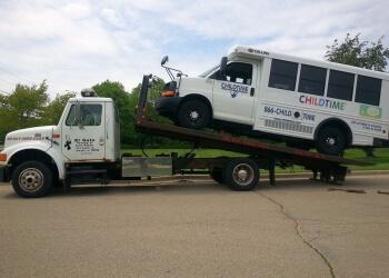 Joliet towing company El GATOW Towing Inc.
