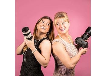 Anchorage wedding photographer Elegante Light Photography