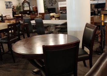 Honolulu furniture store Elite Discount Furniture
