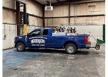 Oklahoma City lawn care service Elite Lawn Care