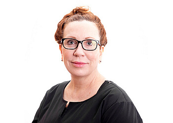 Rochester dermatologist Elizabeth Arthur, MD - Helendale Dermatology and Medical Spa