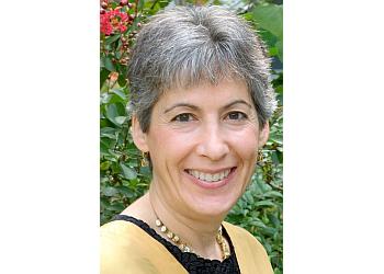 Raleigh endocrinologist Elizabeth H. Holt, MD, FACE