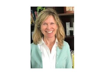 Nashville marriage counselor Ellen Wilkins, LMFT, PT