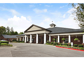 Huntsville assisted living facility Elmcroft of Byrd Springs