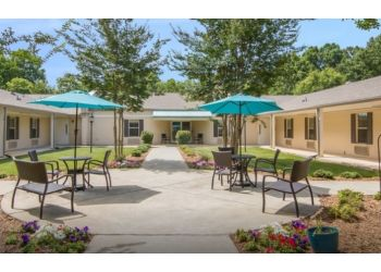 Raleigh assisted living facility Elmcroft of Northridge