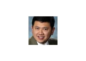 Washington nephrologist Elwin G Bustos, MD