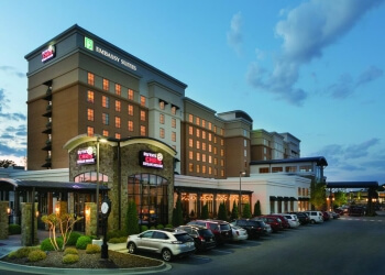 Chattanooga hotel Embassy Suites by Hilton