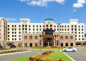 Fayetteville hotel Embassy Suites by Hilton