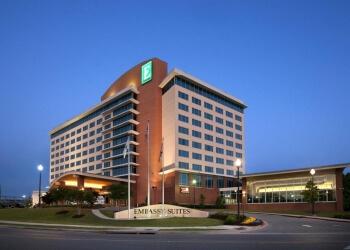 Huntsville hotel Embassy Suites by Hilton