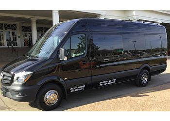 Nashville limo service Emerald Luxury Transportation