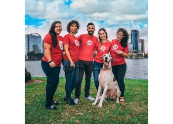 Orlando dog walker Eola Pets