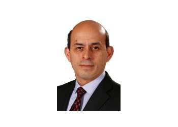 Rockford cardiologist Erbert Caceres, MD