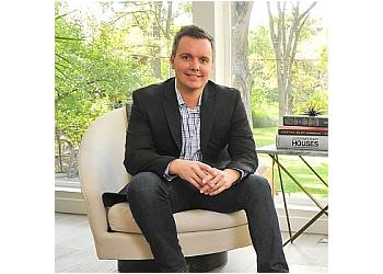 Austin real estate agent Eric Bramlett