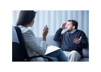 Beaumont psychiatrist Erica J Hayes, mD