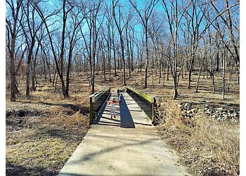 Olathe hiking trail Ernie Miller Nature Center