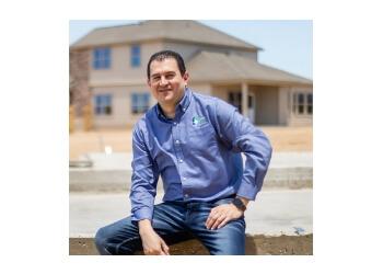 Laredo real estate agent Ernie Rendon