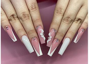 Riverside nail salon Euro Nails & Spa