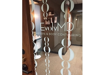 Milwaukee med spa EvolvMD MedSpa & Body Contouring