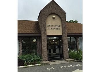 New Haven dry cleaner Executive Cleaners