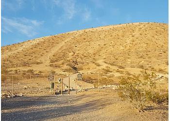 Las Vegas hiking trail Exploration Peak Park Trail