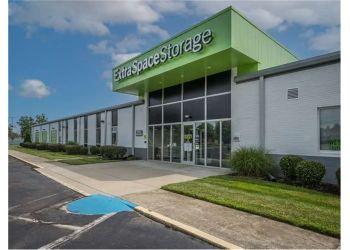Charlotte storage unit Extra Space Storage