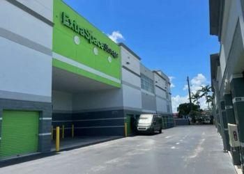 Fort Lauderdale storage unit Extra Space Storage