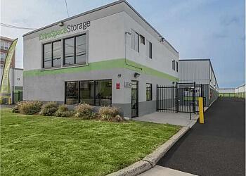 Jersey City storage unit Extra Space Storage
