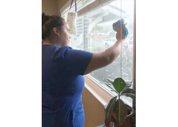 Oxnard house cleaning service Extreme Green Cleaning