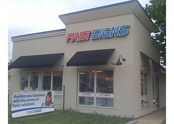 Fort Wayne sign company FASTSIGNS