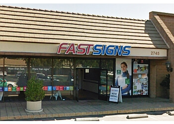Fresno sign company FASTSIGNS