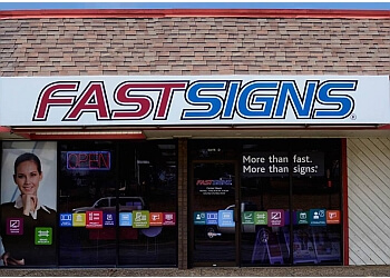 Little Rock sign company FASTSIGNS