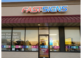 Milwaukee sign company FASTSIGNS