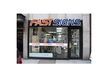 New York sign company FASTSIGNS