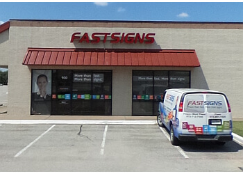 Plano sign company FASTSIGNS