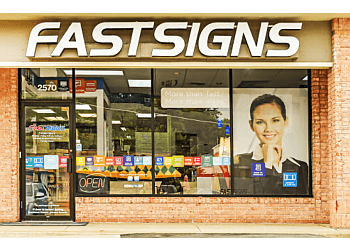 St Louis sign company FASTSIGNS