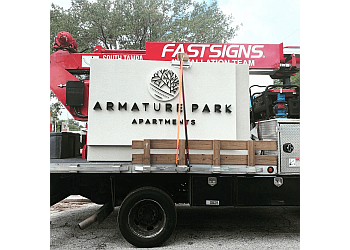 Tampa sign company FASTSIGNS