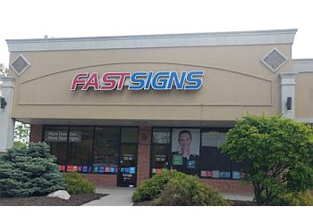 Toledo sign company FASTSIGNS