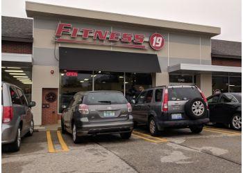 Grand Rapids gym FITNESS 19
