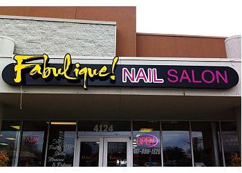 Springfield nail salon Fabulique! Nail Salon