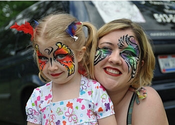 Cincinnati face painting Fabulous Faces By Jen, LLC
