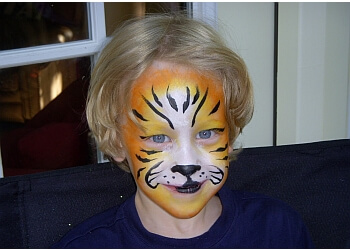 Plano face painting Face Painting by Martha