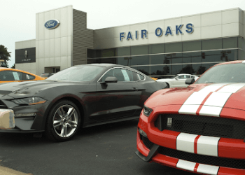 Naperville car dealership Fair Oaks Ford
