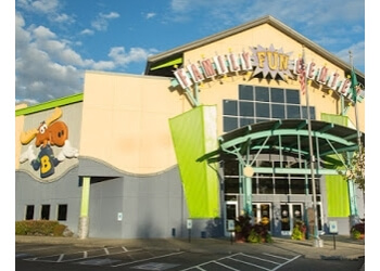Tacoma amusement park Family Fun Center & Bullwinkle's Restaurant