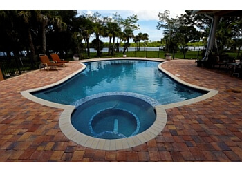 Port St Lucie pool service Family Pools Inc.