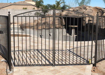 Peoria fencing contractor Far From Average, LLC